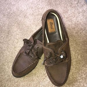 Bass Leather Woman's Loafers Size 7 Color Brown